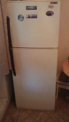 Продаюм 2х камерный холодильник LG