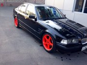 Продам BMW 325 год 1995