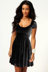 черное кружевное платье с рукавом размер M, XL