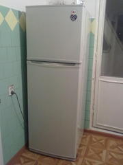 Б/у холодильник,  марка LG.