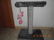 Когтеточка-лежанка  со спальным местом , новая с игрушкой, меховая