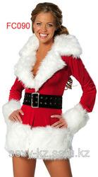 Новогодний костюм- красное бархатное пальто