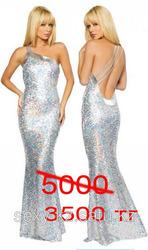 шикарное новогоднее платье из мишуры-дешево