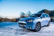 Mitsubishi Outlander III PHEV 2.0L hybrid AT (121 л.с.) 4WD в Москве