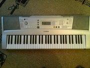 Срочно продаю синтезатор Yamaha PSR-E303