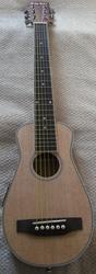 Самая компактная Travel-guitar с подключением.