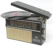 Продам радиоприёмник-проигрыватель времён СССР