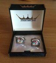 Продам запонки Monarch 70х