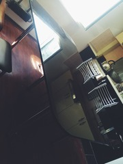 Стол кухонный или гостиный