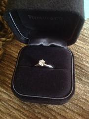 Бриллиантовое колечко от Tiffany & Co