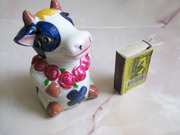 Копилка - сувенир - подарок,  новая симпатичная коровка.