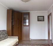 Угловая мебельная стенка из трех шкафов 150х150х235(в)см.