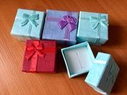 Подарочные коробочки для колец или сережек.
