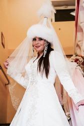 Срочно продам шикарное свадебное платье алматы