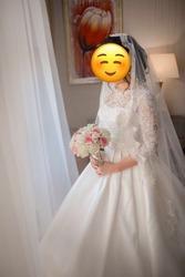 Продаю свадебное платье,  срочно,  торг уместен